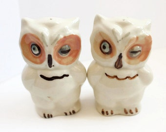 Vintage Owl Salt and Pepper Shakers, Winking Owls,  Collectibles, Ceramic Owls, Home Decor, Circa 1940's