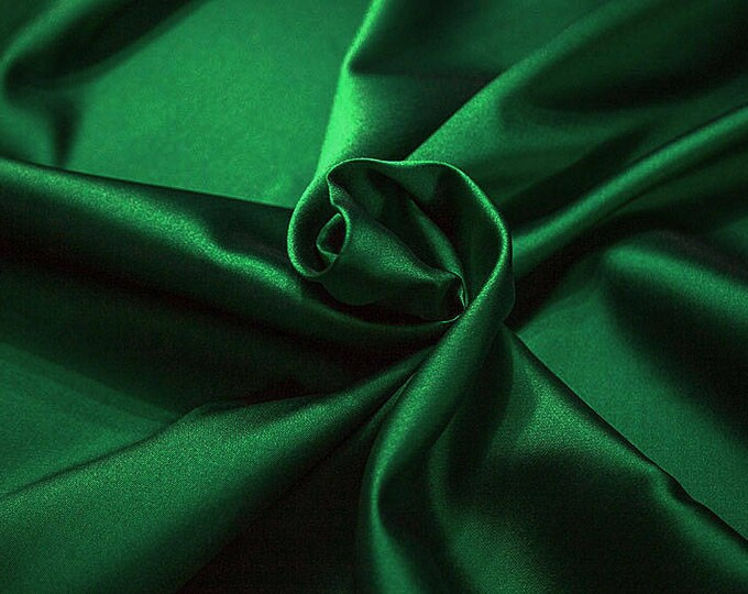 274078-Mikado-82% Polyester, 18 silk, 160 cm wide, made in Italy, dry cleaning, weight 160 gr, price 1 meter: 54.81 Euros