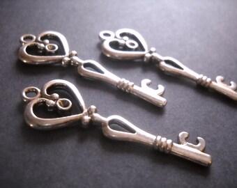 Heart Key Pendants Antiqued Silver Skeleton Keys 42mm Wholesale Skeleton Keys 50 pieces Bulk Skeleton Keys
