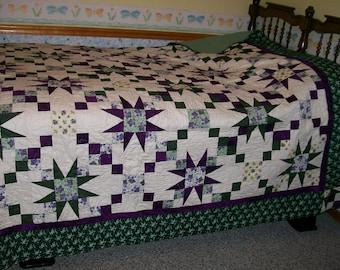 Summer Days & Violets Quilt (king-sized comforter)