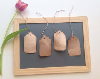 50 MEDIUM Tags with STRINGS. Travel Anthropologie Vintage Wedding Favor Tags. Name Cards. Gift Tags. Escort Card. Hang Tag. Seating Card.