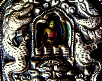 Sacred Tibetan Buddhist Buddha Mahakala Double Dragons Ghau Box Amulet Portable Shrine Nepal Prayer Flags
