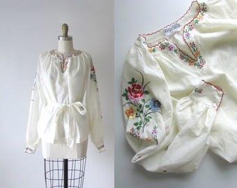 vintage folk blouse / 1970s peasant blouse