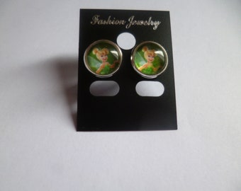 girls and little girls in cabochon earrings