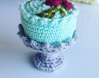 Crochet Food - Amigurumi Cake and Plate PDF Pattern