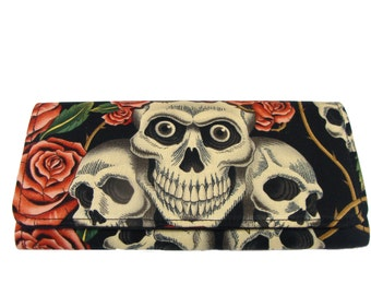 Bifold woman Wallet Skulls Pink Roses Tattoos Skeleton Handmade Biege Color Alexander Henry cotton Fabric, new,rare