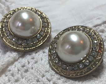 Pearl & Rhinestones Vintage Clip Earrings