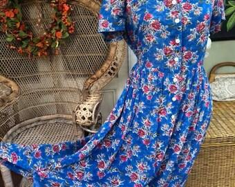 Pretty Vintage 1990's St Micheal Marks & Spencer Blue Lightwieght Floral Summer/Tea Dress
