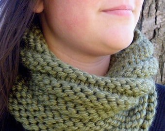 Hand Knit Cowl Infinity Scarf, BOSSO - SAGE Ribbed Neckwarmer (1043)