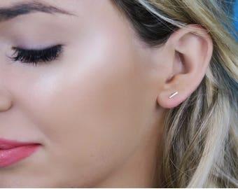 Boucles d'oreilles or Bar, ligne minuscules boucles d'oreilles, boucles d'oreille, discontinues de boucles d'oreilles - jaune 14K ou or blanc, Celebrity inspiré