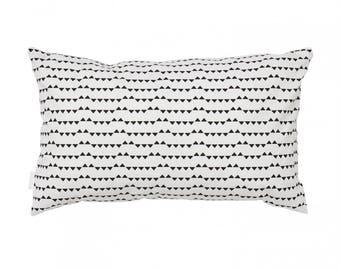 Small triangles cushion 30x50