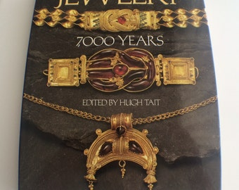Books Jewelry - 7000 Years Hugh Tait 1991 Edition