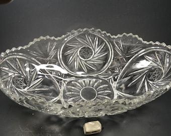 Large pinwheel design crystal oblong bowl