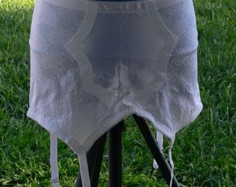 garter size 40  metal hooks