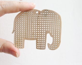 SET OF 5 - Elephant Cross stitch pendant blank - blanks Wood Needlecraft Pendant - wooden cross stitch blank ELEPHANT-ODV31