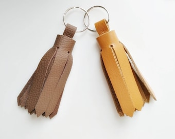 Leather keychain, leather tassel keychain