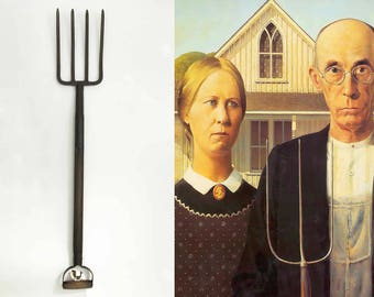 The American Gothic Vintage Antique Pitchfork Metal Wood Rustic Tools 4 Prong Props Americana Folk Wall Hanging Collectible Metal Tools