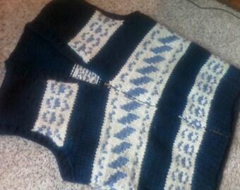 Now 20% off  HANDKNIT SWEATER VEST, vintage mens knit top, metal zipper, navy, ivory, winter wear, wool