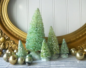 5 bottle brush trees green Vintage Style Frosted Glittered Mica Christmas Decor Cottage Chic