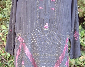 Reduced 1920s Original Deep Plum Long Sleeve Dress/Gown Pink and Navy Beads Size: 12/14  Item # 234 Dresses Gowns