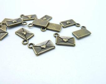50pcs 8x12mm Antique Bronze Heart Mail Letter Charms Pendant c160