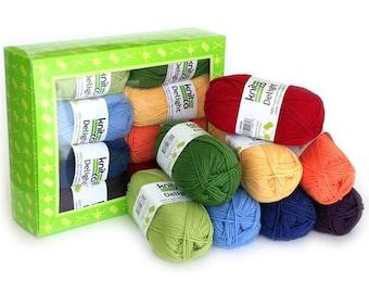 Delight Rainbow - Yarn Kit - 8 balls of soft superwash merino wool in Rainbow colors