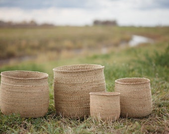 Woven baskets five sizes