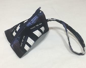 Dr. Who (Tardis) Small Zippered Bag