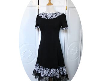 Black trapeze dress spirit baroque retro chic black dress has short sleeves, trapeze dress baroque shape black short dress