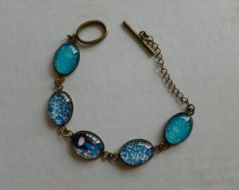 lovely oval cabochon bracelet bronze 5 holders