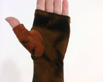 Black and brown tie dye fingerless gloves, wrist warmers in bamboo blend.