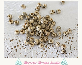 25 wood beads 6mm striped very original beige color, black