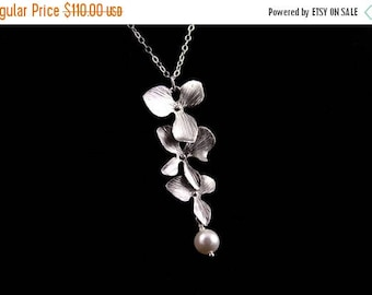 ON SALE Set of 5 Triple Orchid Wedding Necklace with Pearl