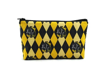 Hufflepuff Zipper Pouch, Makeup Bag, Tampon Case, Harry Potter Pouch,  Cosmetic Bag, Purse Organizer, Zipper Pouch, Cosmetic Pouch,