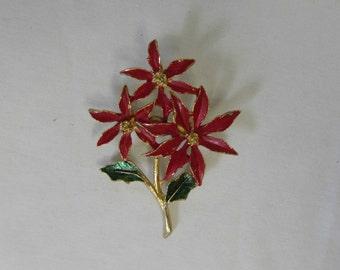 Brooch/Pin, Triple Blossom Poinsettia, Enamel, Gold Tone, 1960's or 1970's