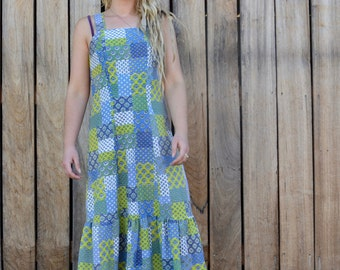 Cute 70's dress vintage patch print hippie boho beach summer day smock frill skirt light