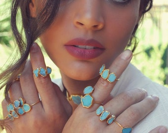 3 STONE TURQUOISE RING /// Gold