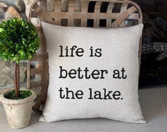 Burlap Pillows / Lake House Decor / Rustic Cabin Decor / Burlap Farmhouse Pillow / Rustic Home Decor / Farmhouse Decor / Rustic Chic Decor
