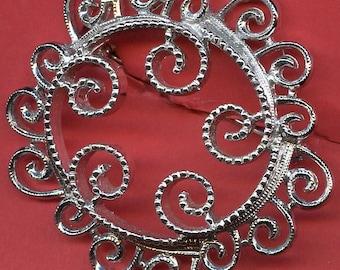 Sarah Coventry  Brooch  Vintage  Swirley