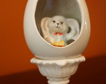 Ceramic Easter bunny in an egg // Vintage Easter decor // farmhouse decor