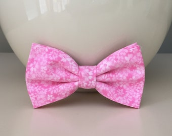 Dog Bow / Bow Tie - Pink w Random Tiny Flowers