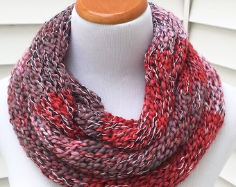 Valentine's Day Scarf Pink Scarf Red Scarf Holiday Scarf Christmas Scarf Pink and Red Infinity Eternity Circle Knitted Winter Scarf