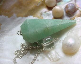 Green Aventurine Faceted Pendulum, dowsing Crystal   (12tu151)