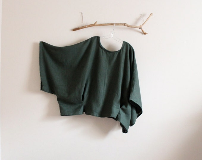 plus size emerald linen wide kimono sleeve over size top made to order / over sized linen top / boho linen top / minimalist clothing