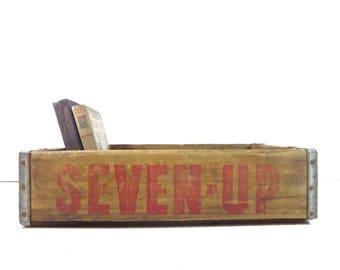 Vintage Wood 7 Up Soda Pop Crate / Seven Up Wooden Soda Bottle Carrier / Rustic Decor