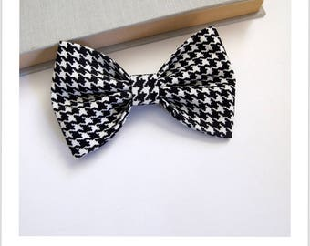 Bow tie and clip hair 2 1 black and white pied de poule