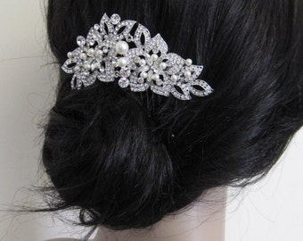 Wedding hair comb Silver Bridal comb Pearl hair piece Wedding hair accessories Bridal hair comb Wedding headpiece Crystal hair pieces Pearl