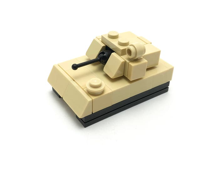 Bradley Infantry Fighting Vehicle - Microscale Building Kit 305