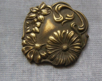 Vintage Flower Stamping, Brass Sampings, Brass Findings, Unique Supplies, Jewelry Finding, Die Struck Finding,