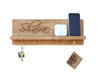 Personalized Gift - Shelf With Key Hooks, Custom Name, Mothers Day Gift, Engraved Gifts, Jewelry Rack, Key Rack, Key Holder for Wall